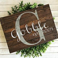 SIZE(approx.): 20x15 BACKGROUND: Special Walnut Stain (#8) LETTERING: Dark Gray and White *Please specify last name and est. date in note to seller at check out* _______________________________________________________ Depending on what size of wood I have available, your sign may