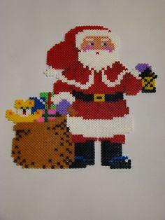 Christmas Santa Claus hama beads by 3 KIDS AND A GLUESTICK