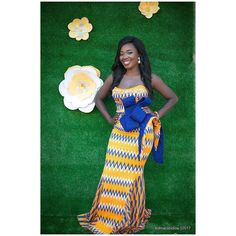African Kente Styles For Fashionable Ladies - fashionist now African Print Fashion, African Fashion Dresses, African Attire, African Wear, African Women, African Dress, African Traditional Wedding, Traditional Wedding Dresses, Kente Dress
