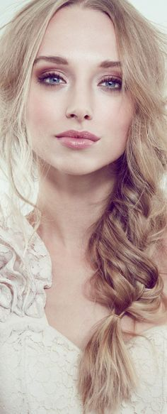 Hairstylist and makeup artist! /jessiemarieward/ follow me on Instagram @Beauty_Babe4u
