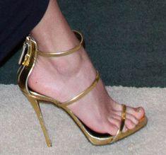 Taylor-Swift-Giuseppe-Zanotti-Three-Strap-Sandals #GiuseppeZanotti #heels #highheels