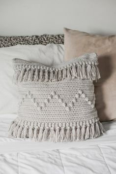 PDF Crochet Pattern for the Funky Fringe Pillow - Megmade with Love **NOTE-- this listing is for a PDF pattern, not a finished product.This is a crochet pattern for The Funky Fringe Pillow, a fun boho pillow cover designed to fit a 18 Crochet Cushion Cover, Crochet Pillow Pattern, Crochet Cushions, Blanket Crochet, Crochet Granny, Crochet Pillow Covers, Crochet Afghans, Crochet Fringe, Crotchet