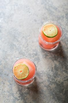 Watermelon Margarita Recipe 3 ounces fresh watermelon juice Juice of 1.5 limes 1 ounce fresh-squeezed orange juice 2 ounces tequila 1 teaspoon sugar or agave Add all of the ingredients into a shaker with ice and shake for 20 seconds. Strain over a glass with ice.