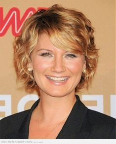 short wavy hairstyles for round faces and thick hair - Google Search