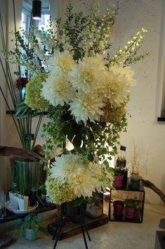 御祝いのスタンド花  : ギンコnaブログ ~GINKGO 恵比寿ガーデンプレイス近くの花屋です!~