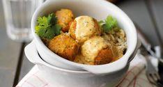 Linsbollar med limesås - under 10 kr! Easy Healthy Recipes, New Recipes, Cooking Recipes, Recipies, Vegan Vegetarian, Vegetarian Recipes, My Favorite Food, Meal Planning, Chili