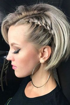 100 New Short Hairstyles for 2019 - Bobs and Pixie Haircuts - Short Hair Models frisuren frauen frisuren männer hair hair styles hair women Short Curly Hairstyles For Women, Curly Hair Styles, Braids For Short Hair, Pixie Hairstyles, Short Hair Cuts, Easy Hairstyles, Pixie Haircuts, Hairstyle Ideas, Hairstyles 2018