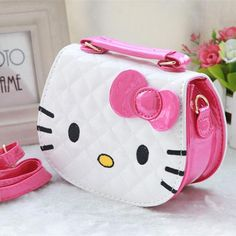 Cheap designer shoulder bag, Buy Quality shoulder bags directly from China girls shoulder bags Suppliers: 2016 New designers mini cute bag children hello kitty Bowknot handbag kids tote girls Shoulder Bag mini bag wholesale Mala Hello Kitty, Hello Kitty House, Hello Kitty Bag, Kawaii Bags, Kawaii Shop, Hello Kitty Themes, Hello Kitty Pictures, Hello Kitty Collection, Cat Bag