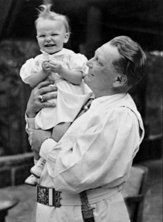 Hermann Göring with his daughter Edda.