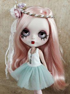RESERVED for Melissa last Custom Blythe doll by BigEyesBlythe: