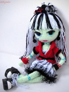 Frankie Stein Amigurumi by ladynoir63, via Flickr