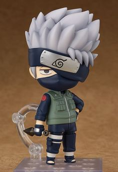 """The third in the Naruto Nendoroid series - the """"Copy Ninja"""" Kakashi! From the popular anime series 'Naruto Shippuden' comes a rerelease of the Nendoroid of Kakashi Hatake! He comes with three face plates as well as two different forehead prote. Naruto Kakashi, Anime Naruto, Figurines D'action, Anime Figurines, Anime Chibi, Anime Toys, Mode Shop, Popular Anime, Anime Merchandise"""