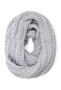 Chunky Knit Infinity Scarf - Womens accessories, jewellery and bags | shop online | Forever 21 - Scarves & Gloves - 1000100115 - Forever 21 EU