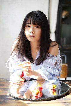 写真 Japanese Beauty, Japanese Girl, Asian Beauty, Pretty Girls, Cute Girls, Big Brown Eyes, Japan Woman, Beautiful Asian Women, Sexy Asian Girls