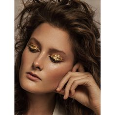 "Gefällt 34 Mal, 3 Kommentare - KIM ANGERMANN (@kimangermann) auf Instagram: ""NEW🍁 with beauty @noralony #modelmanagmenthamburg and @carozenker #makeup#using @hirocosmetics…"""