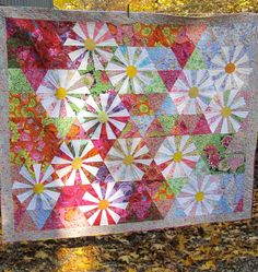 """Daisies in Kaffe's Garden"" by Kathy at Q.U.I. (Quilted under the influence). Inspired by Victoria Findlay Wolfe's ""Festive Cheer"" quilt."