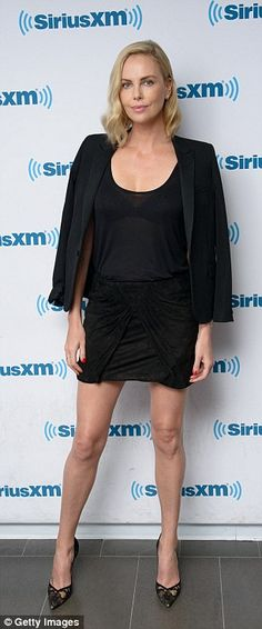Ahead of the much-anticipated release of her new film Atomic Blonde, Charlize Theron, opened up to Howard Stern about one of the hardest times in her life: growing up with alcoholic father. See Through Tank Tops, Charlize Theron Oscars, Dior, Atomic Blonde, Lacy Bra, London Look, Night Looks, Casual Street Style, Sensual