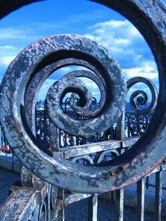 Indigo and denim blue iron scroll Love Blue, Blue And White, Color Blue, Bleu Indigo, Fibonacci Spiral, Himmelblau, Blue Aesthetic, Sacred Geometry, My Favorite Color
