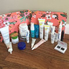 ☀️ Summer Sale ☀️ Goodie Bag Cosmetics ☀️ Summer Sale ☀️ Goodie Bag Cosmetics includes 21 items ranging from bee venom anti-wrinkle, Coola make-up setting spray and sunscreen, LeJeune Anti-wrinkle cream (1 oz) and lots more!! Great goodie bag for people who like to try expensive cosmetics without paying a fortune! Accessories