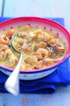 Recipe Saffron seafood casserole - Projets à essayer - Raw Food Recipes Sea Food Salad Recipes, Raw Food Recipes, Seafood Recipes, New Recipes, Crockpot Recipes, Soup Recipes, Cooking Recipes, Seafood Risotto, Seafood Bake