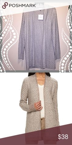 🆕 Women's Gray Knit Open Front Cardigan This long knit cardigan goes perfectly with your favorite pair of jeans or leggings. Sleet gray. croft & barrow Sweaters Cardigans