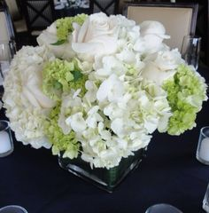 Simple full centerpiece