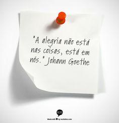 Que bom que a alegria mora dentro da gente, né? #FlaviaFerrari #DECORACASAS #aDicadoDia #FrasesdaFlavia #MensagemBoaSemana #MensagemBomDia