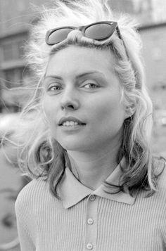 sleepydrummer:  Debbie Harry, 1977 ©Tom Hearn