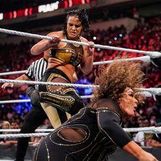 The amazing images of Raw, Sept. 20, 2021: photos Shayna Baszler, Nia Jax, Wwe Champions, Raw Women's Champion, Charlotte Flair, Roman Reigns, New Day, Superstar, Wonder Woman