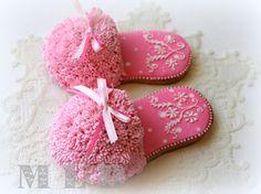 AMAZING!  My little bakery :): Slipper Cookies...in 3D...