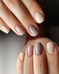 Shellac nails and gel nails are preferred for semi-permanent manicures. Both are used by the best nail artists and are known for their long duration and low chip quality. But there is a difference of a few minutes that shellac nails are. Neutral Nails, Nude Nails, Pink Nails, Nagellack Design, Nagellack Trends, Stylish Nails, Trendy Nails, Casual Nails, Minimalist Nails