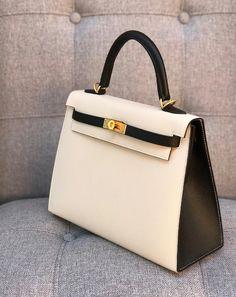 4c4f73d19fd3 Hermes Special Order Kelly 25 Sellier Black Craie  Hermeshandbags. Taschen  Designer Handbags