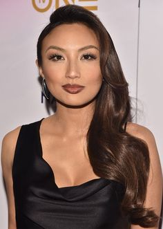 The Best Celebrity Hair Makeovers of 2018 Celebrity Long Hair, Celebrity Hairstyles, Hairstyles Haircuts, Cool Hairstyles, Jeannie Mai, Celebrity Fashion Outfits, Perfect Woman, Hair Goals, Asian Woman