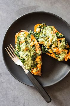 Delicious Vegan Stuffed Sweet Potatoes made with baked sweet potato. Stuffed with protein-rich quinoa and chickpeas and iron-rich kale. Covered with homemade Tahini Herb Sauce. A 100% healthy stuffed sweet potato recipe.