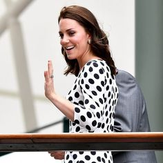 """244 Likes, 2 Comments - HRH The Duchess Of Cambridge (@duchesse_kate) on Instagram: """"The Duchess of Cambridge has just arrived at Wimbledon"""""""