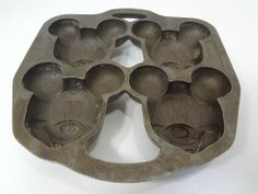 Mickey Mouse cast-iron muffin or cake mould pan - 4 sections