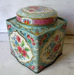 Daher Tin Litho Metal Candy Box Shabby by Somethingcharming