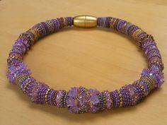 Catrina jewels: bead embroidery