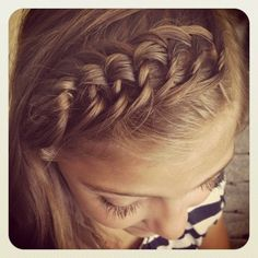 The Knotted Headband | Braided Hairstyles. So cute for school. If you don't feel like wearing a headband that day, but want to keep it down, with still looking nice, This is that hairstyle!