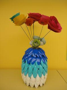 diy reuse old plastic spoon crafts  .  .  .  .  .  #diycrafts #spooncrafts #diycraftideas