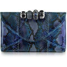 Maison du Posh Python Leather Knuckle Clutch (¥81,680) ❤ liked on Polyvore featuring bags, handbags, clutches, purses, bolsas, blue, python leather handbag, genuine leather handbags, leather purse and blue clutches