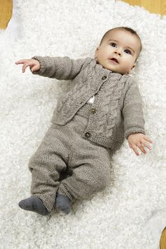 Knitted Baby Cardigan, Knitted Baby Clothes, Baby Overalls, Baby Pants, Baby Boy Knitting Patterns, Knitting For Kids, Winter Baby Clothes, Baby Winter, Baby Boy Outfits