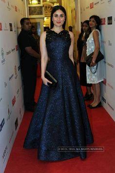 Kareena Kapoor walk the red carpet at Hello! Hall Of Fame Awards 2014. #Bollywood #Fashion #Style #Beauty