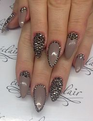 Spikes and nude!
