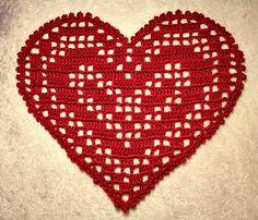 Heklet hjerteduk med oppskrift