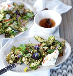 This charred baby marrow and chilli salad with fresh ricotta is incredibly easy to make. Serve with a vanilla, honey and wine vinegar dressing. Primal Recipes, Vegetarian Recipes, Cooking Recipes, Healthy Recipes, Salad Bar, Food For Thought, Food Inspiration, A Table, A Food