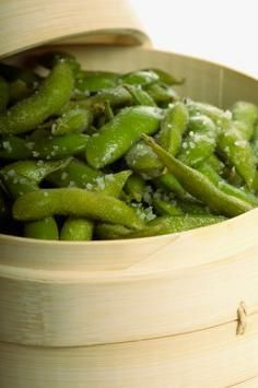 Edamame Health Benefits,source of complete protein,significant amount of dietary fiber, Soy protein and fiber helps to control hunger by giving a sensation of fullness, Edamame beans contains isoflavones and saponins, which are antioxidants