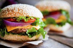 Adora um hambúrguer? Veja aqui opções bem saudáveis!                                                                                                                                                                                 Mais
