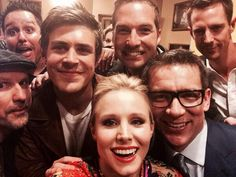 Veronica Mars premiere group selfie (via Kristen Bell on twitter)