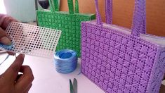 How to make plastic canvas coasters! Plastic Canvas Stitches, Plastic Canvas Coasters, Plastic Canvas Crafts, Plastic Canvas Patterns, Bargello, Kids Bags, Cross Stitching, Bag Making, Creations